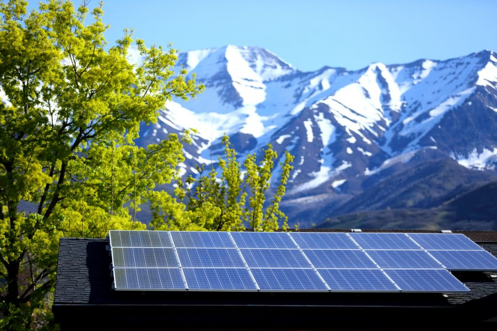 Let's look at the 1kw solar panel price in India- Let's ...